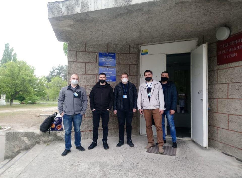 В Луганской области криминалисты стали донорами крови, фото-1