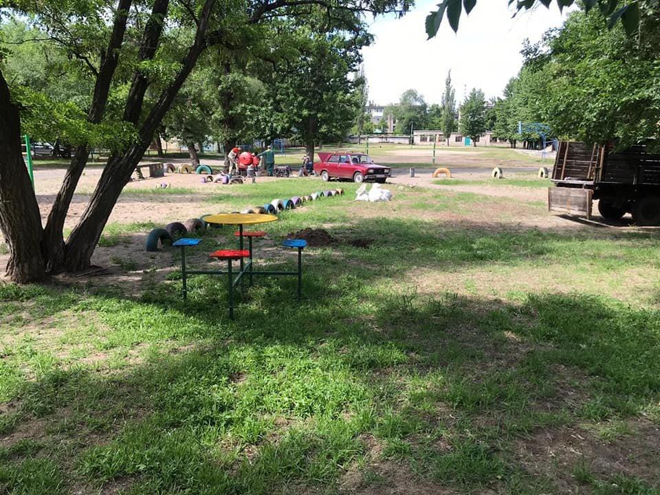 В Северодонецке началась установка детских площадок, фото-1