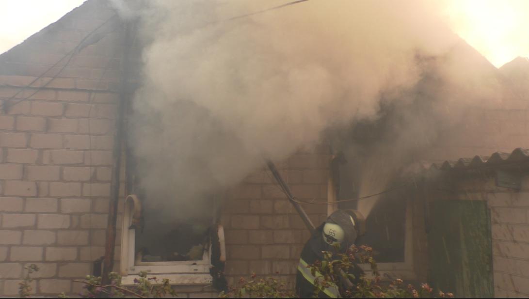 Пожар в Новоайдарском районе: госпитализировано 34 человека, погибло 5, фото-2
