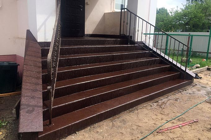 Наружные гранитные лестницы – почему на них стоит делать ставку?, фото-1