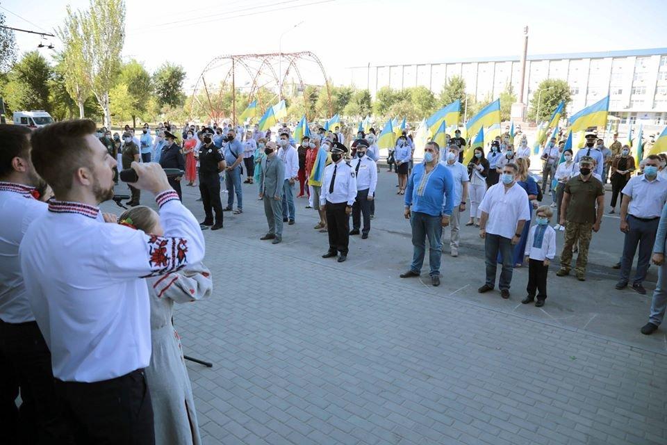 В Северодонецке отпраздновали День государственного флага , фото-1