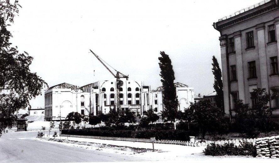 История одного здания. Дворец Культуры Химиков, фото-1