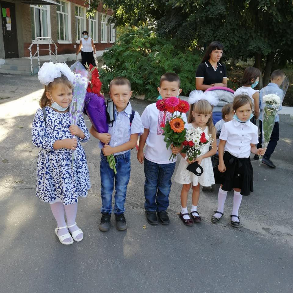 Такое разное 1 сентября: взгляд из соцсетей Луганщины (фото) , фото-17