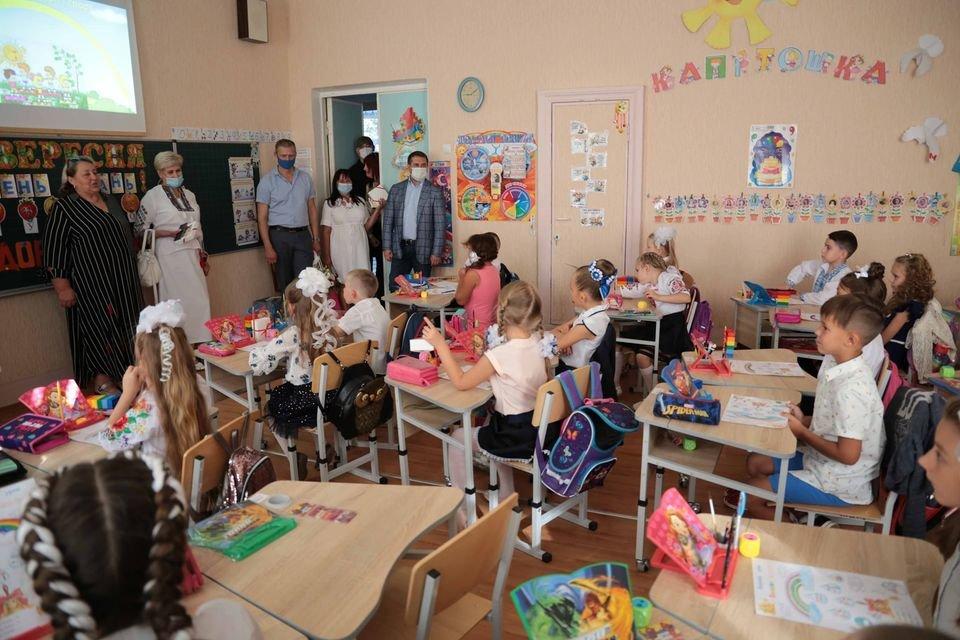 В Северодонецке после ремонта открыли обновленные школы , фото-2