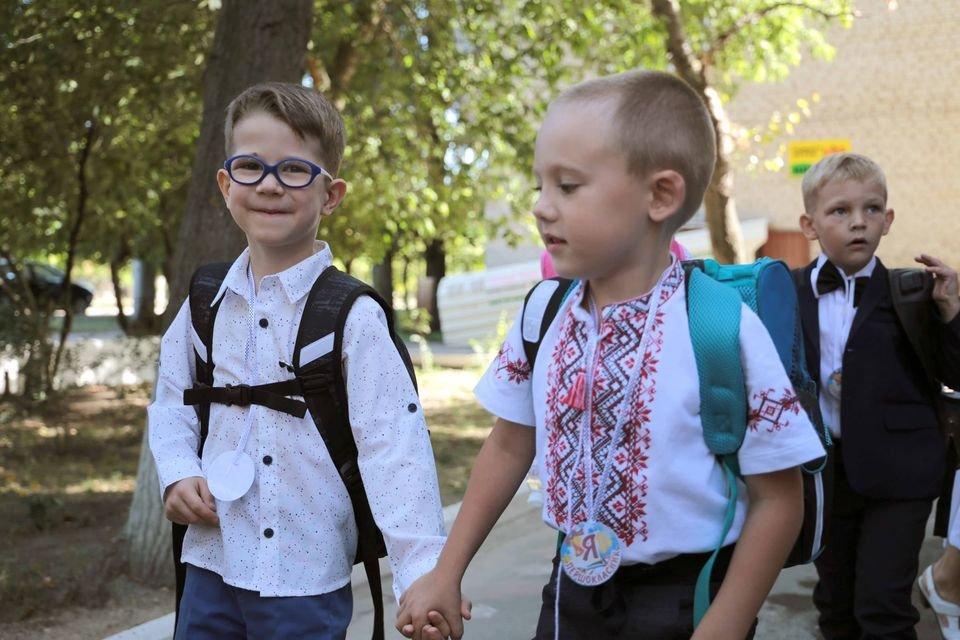 Такое разное 1 сентября: взгляд из соцсетей Луганщины (фото) , фото-24