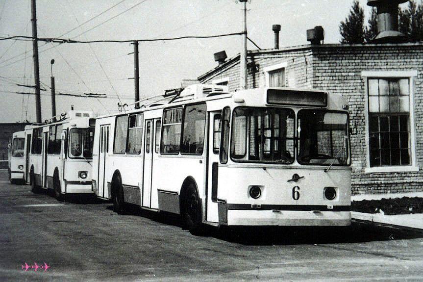 """""""Рогатому"""" 42  года: история и настоящее северодонецкого троллейбуса, фото-2"""