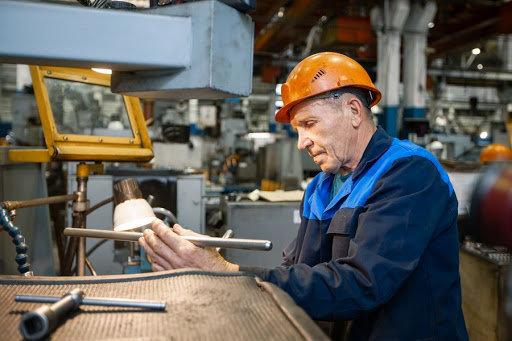 Куда пойти работать? ТОП-7 самых высокооплачиваемых профессий Луганщины, фото-3