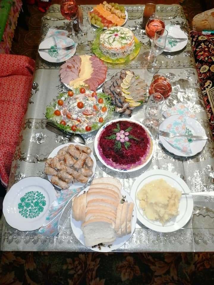 Как жители Луганщины отметили Новый год: ТОП фото из соцсетей, фото-10