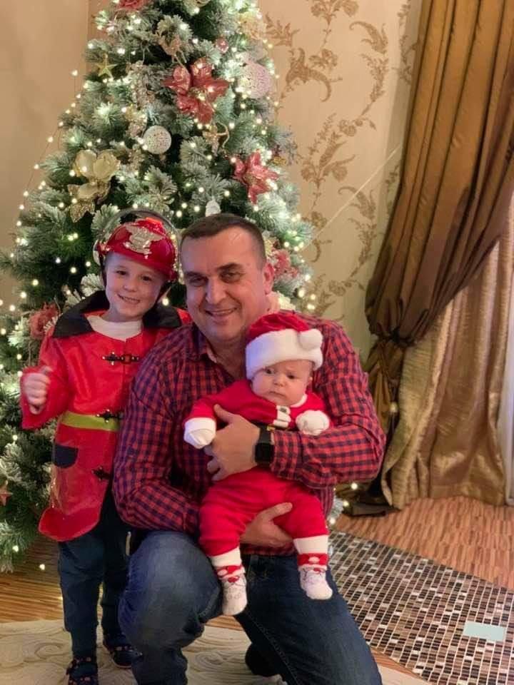Как жители Луганщины отметили Новый год: ТОП фото из соцсетей, фото-12