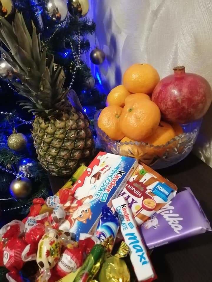 Как жители Луганщины отметили Новый год: ТОП фото из соцсетей, фото-23
