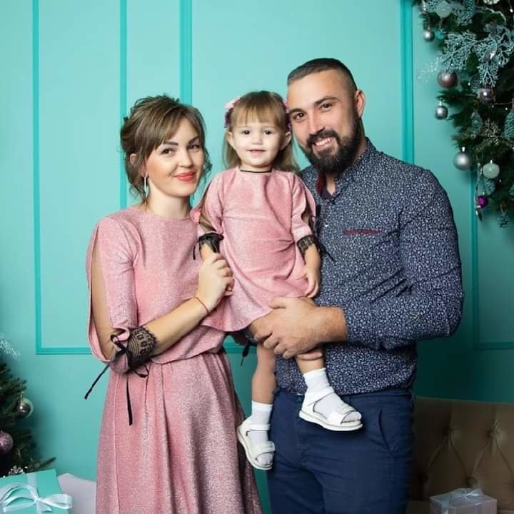Как жители Луганщины отметили Новый год: ТОП фото из соцсетей, фото-34