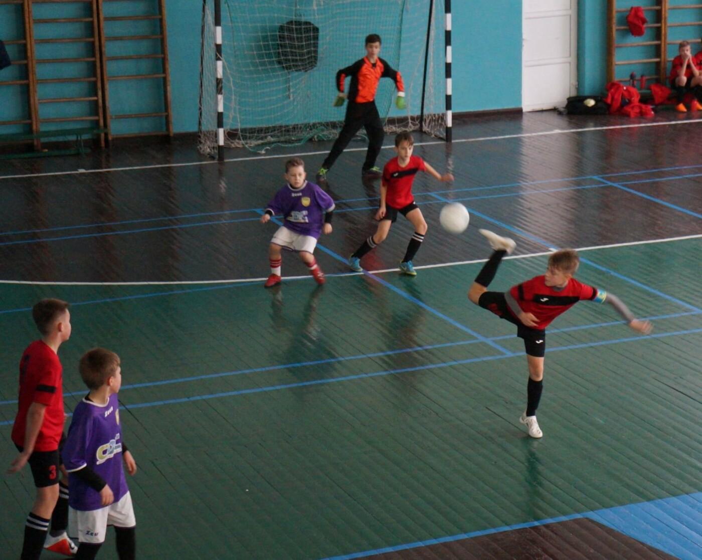 Футболисты Северодонецка принесли городу новые спортивные победы, фото-1