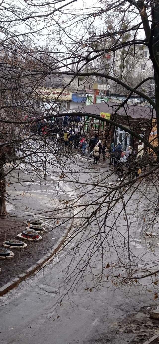 На Луганщине гололед усложнил работу общественного транспорта (фото), фото-6