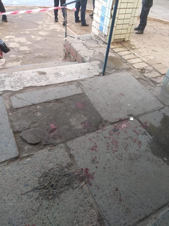 Опасное патрулирование: в Северодонецке на полицейского напал мужчина с ножом (фото), фото-4