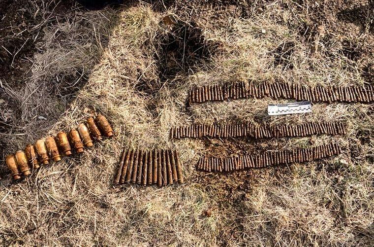 На Луганщине на территории школы нашли тайник с боеприпасами , фото-2
