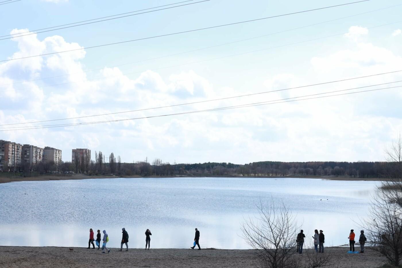 Северодончане приняли участие во всеукраинской акции «За чистую окружающую среду» (фото) , фото-9
