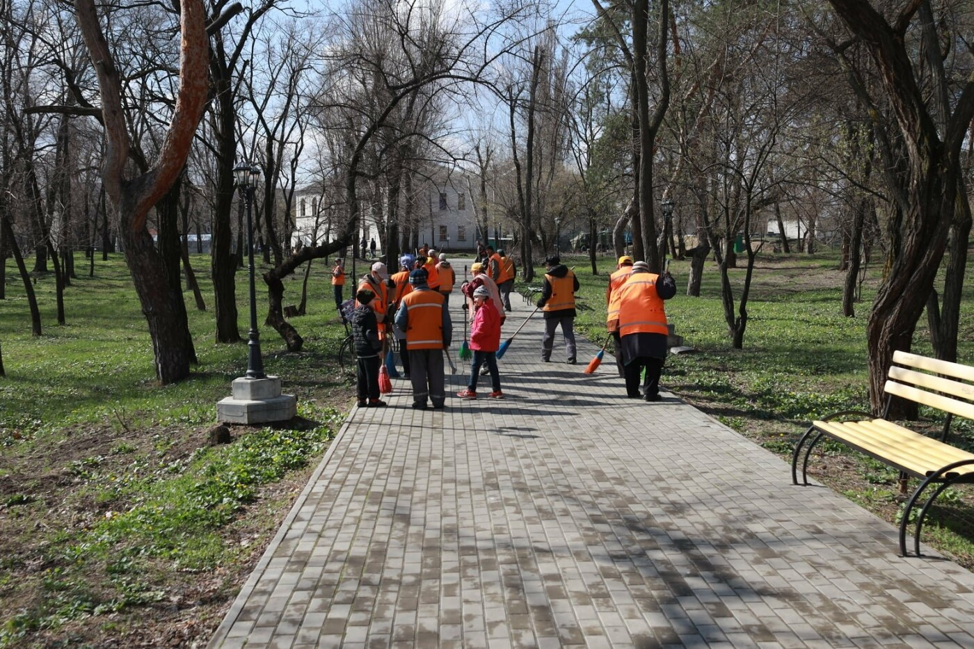 Северодончане приняли участие во всеукраинской акции «За чистую окружающую среду» (фото) , фото-16
