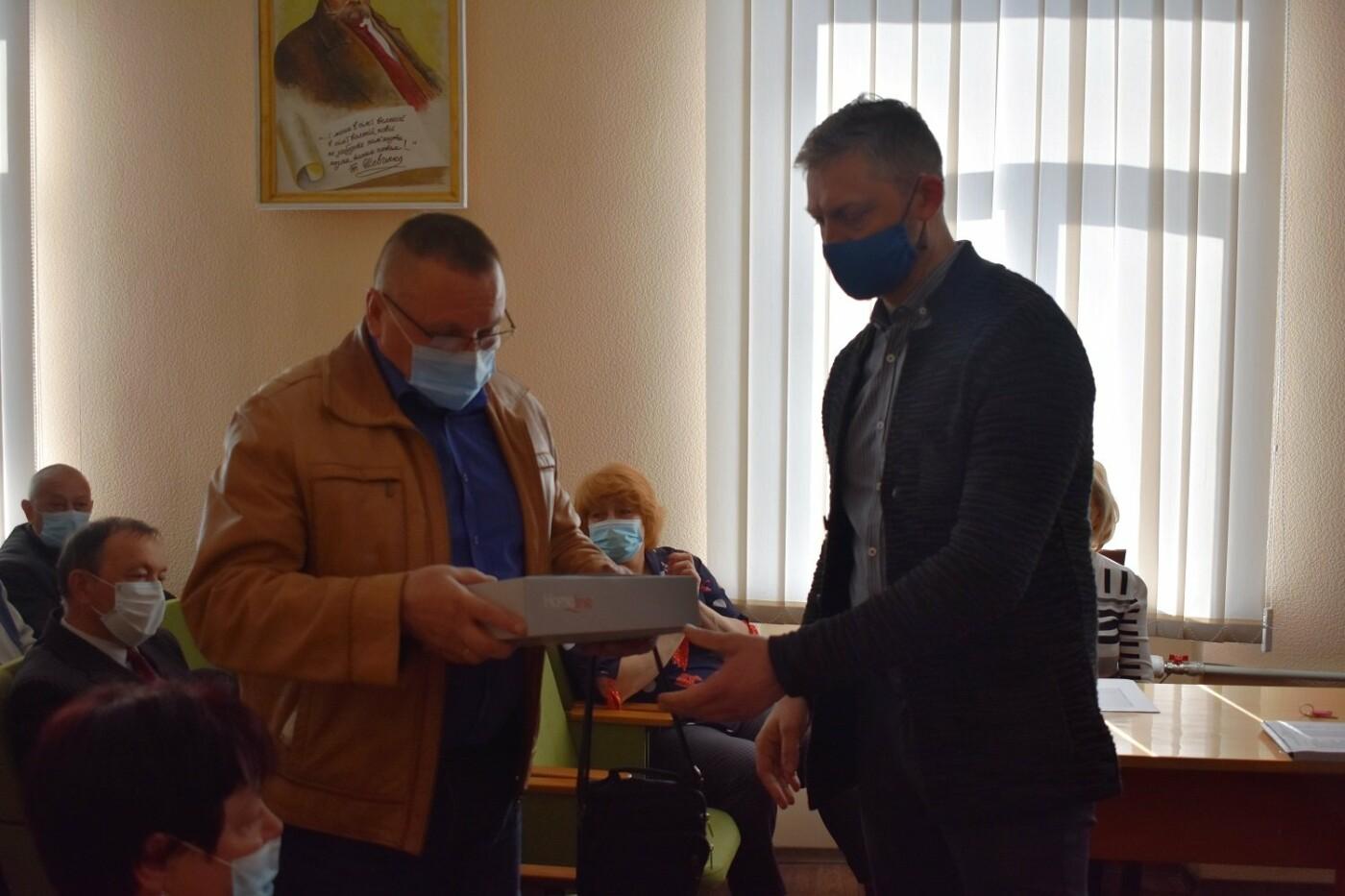В Северодонецке наградили грамотами ликвидаторов чернобыльской катастрофы (фото), фото-29