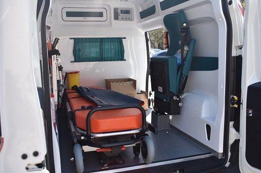 Северодонецка больница пополнилась собственным спецавтомобилем скорой помощи, фото-3