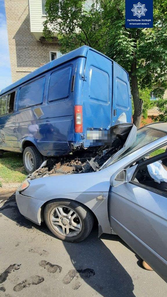 В Северодонецке на проспекте Химиков произошло страшное ДТП, двое госпитализированы, фото-1
