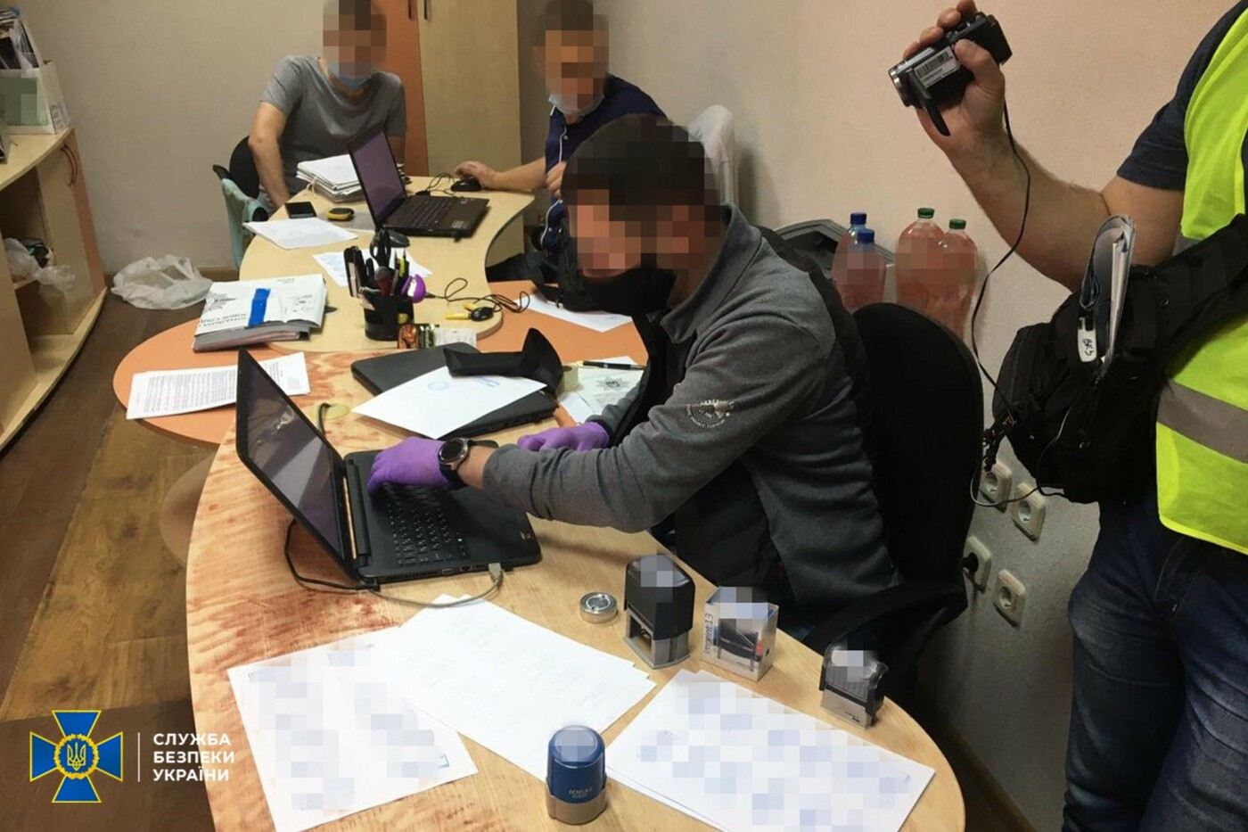 """На Луганщине чиновники """"наварились"""" на отоплении школ и больниц, фото-1"""