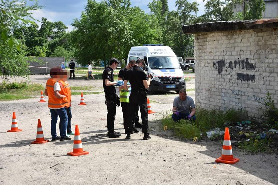 В Северодонецке женщина напала на полицейского с ножом , фото-1